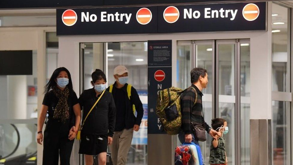 Australian nationals arrive in Sydney after a quarantine on Christmas Island. Photo: 17 February 2020