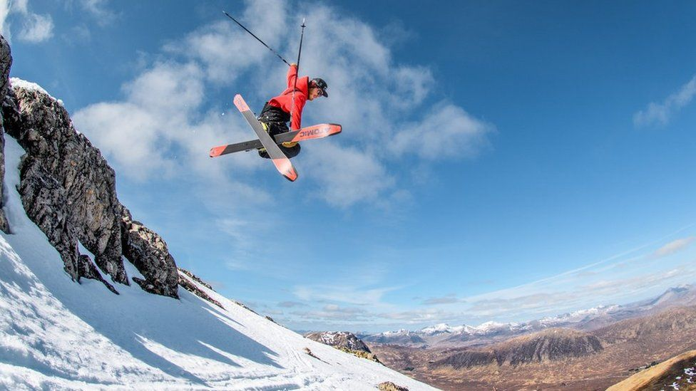 Snowsports at Glencoe Mountain