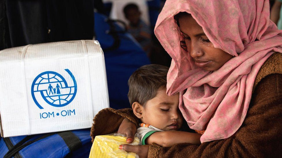 Rohingya woman and child in Cox's Bazar in Bangladesh
