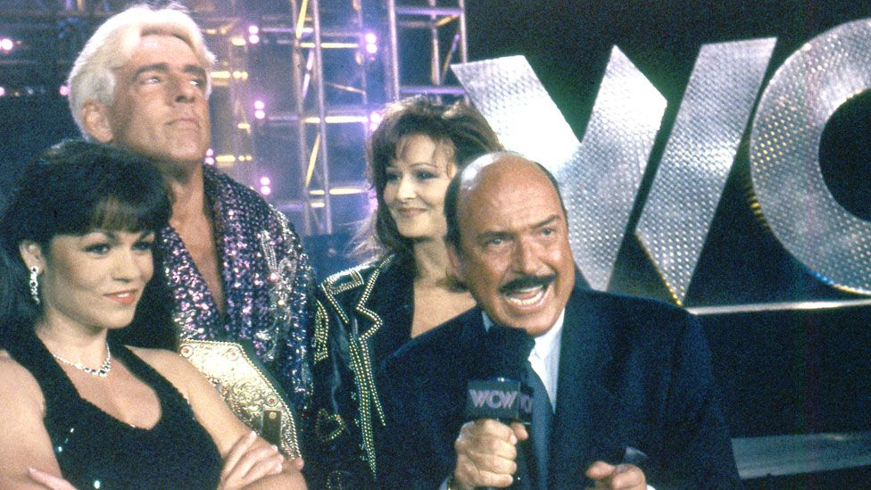 Okerlund with Ric Flair, Miss Elizabeth and another unnamed woman