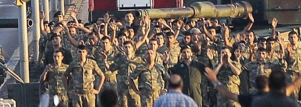 Soldiers surrender on Bosphorus bridge in Istanbul (16 July)