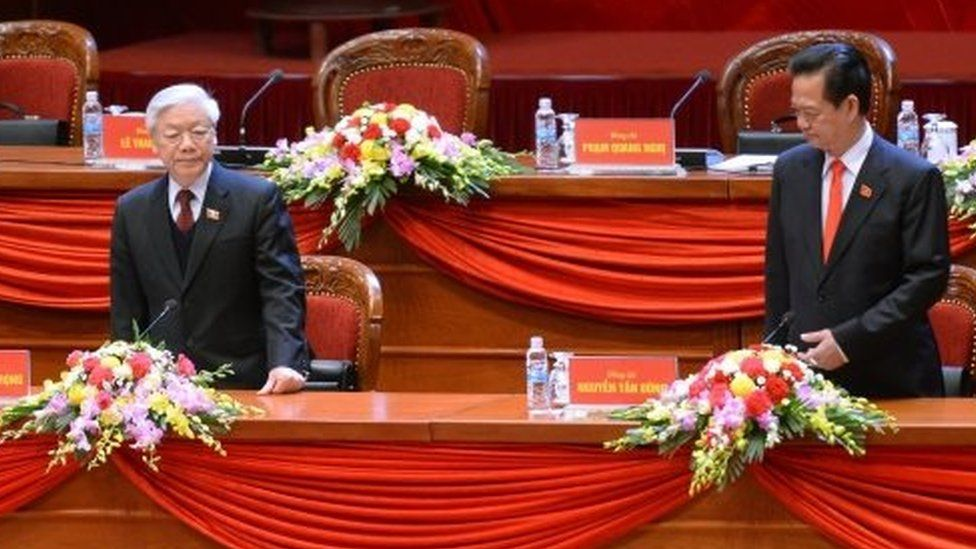 Vietnam's Communist Party Secretary General Nguyen Phu Trong (left) and Prime Minister Nguyen Tan Dung at a party congress in Hanoi. Photo: 21 January 2016