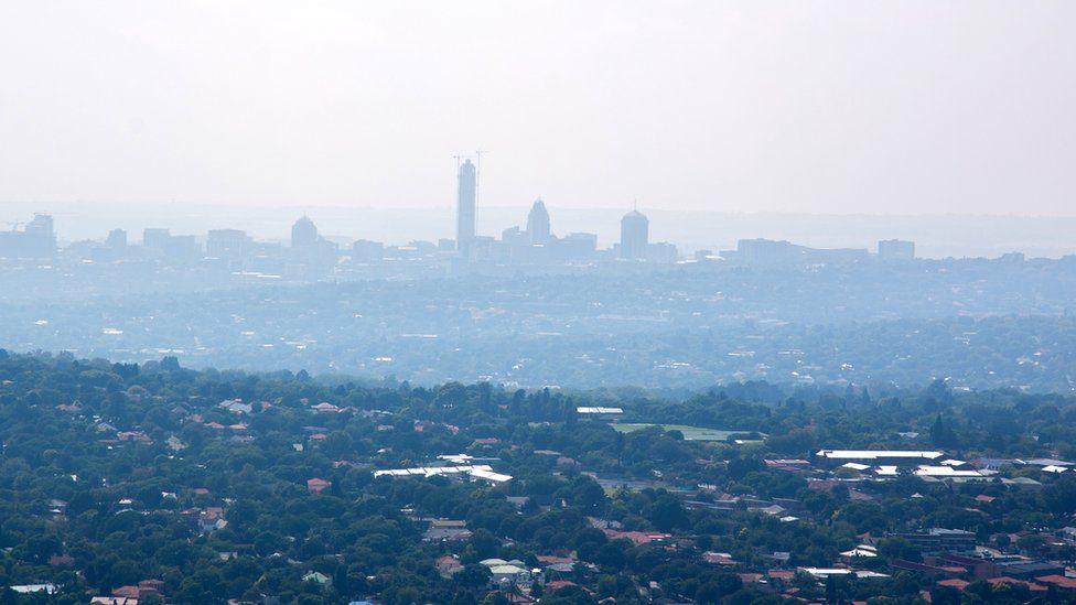 Johannesburg under cloud of smog