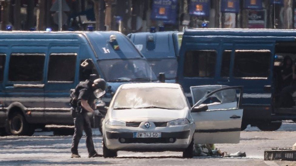 A police operation is under way on the Avenue des Champs-Élysées after a car collided a with a police vehicle in Paris, France, 19 June 2017.