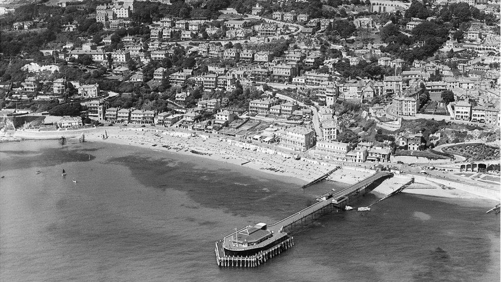 An aerial view of the Royal Victoria Pier and the town, Ventnor, Isle of Wight, taken in August 1932