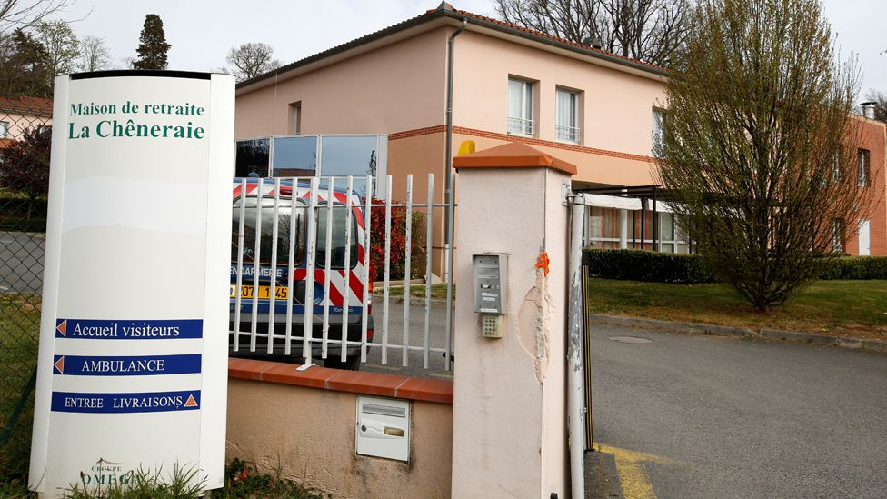 Retirement home in Lherm, France, 1 Apr