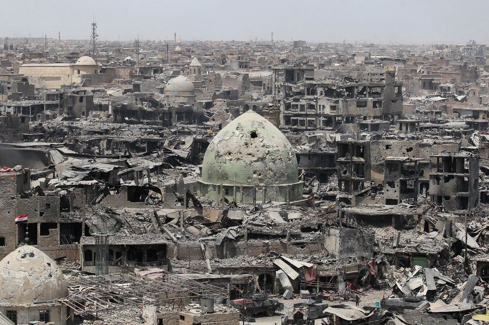 General view of the destruction in Mosul's Old City (9 July 2016)