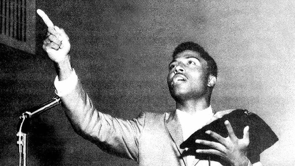 Little Richard preaching in church in 1962