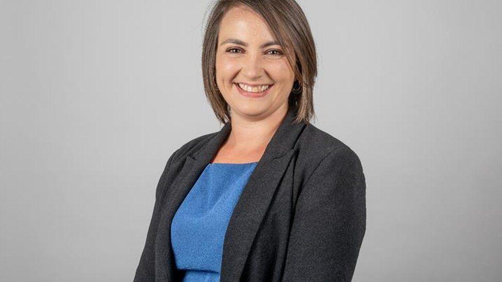 Tracey Vallois