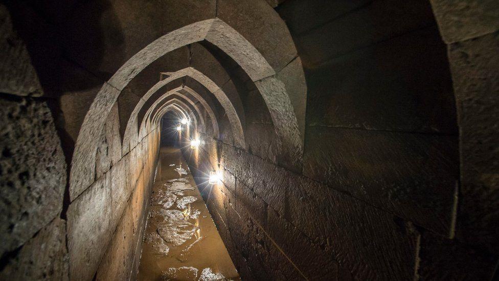 Paisley Abbey drain