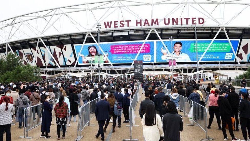 Queue outside the London stadium