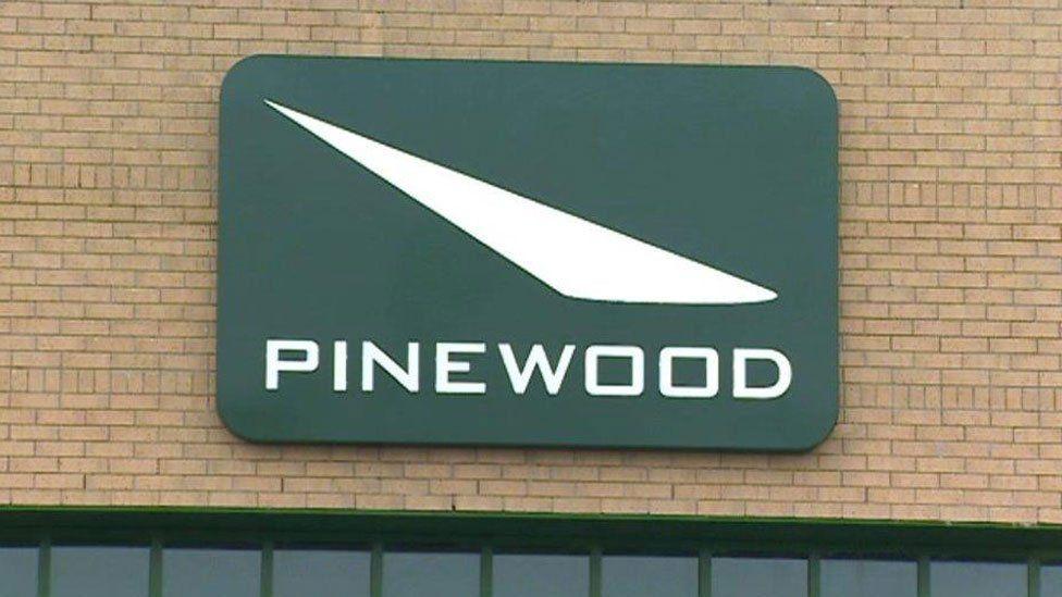 Pinewood sign