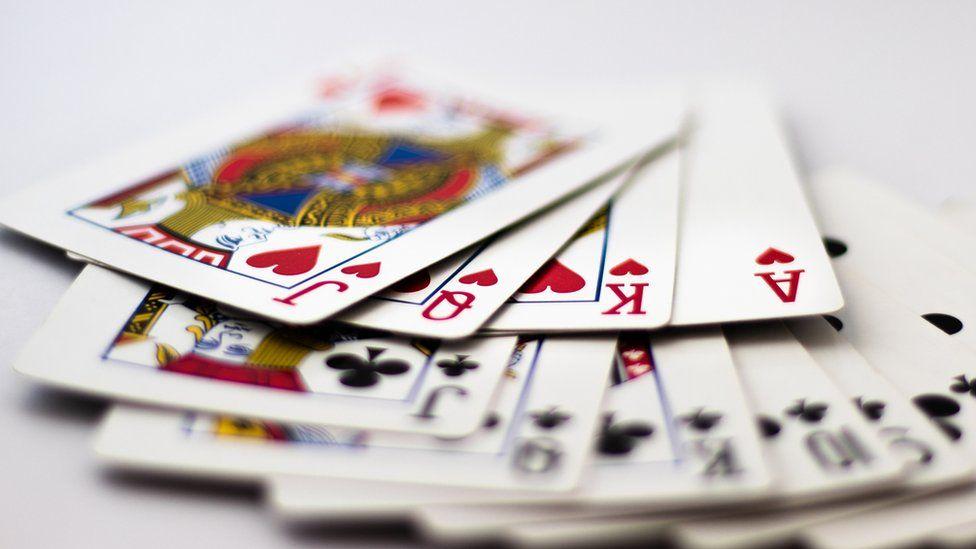Child gambling a 'growing problem' - study - BBC News