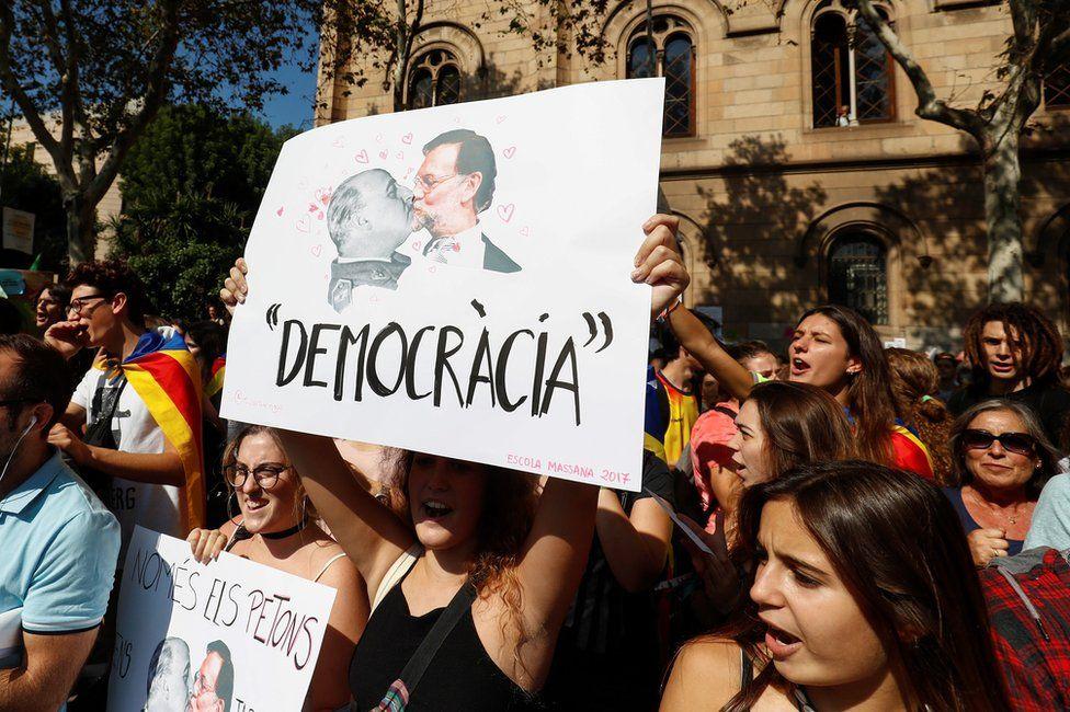 Independence supporters in Barcelona, 29 September