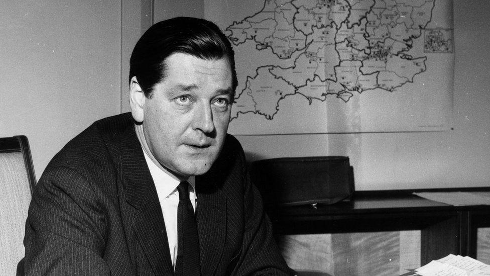 Tony Crosland, the education secretary who issued circular 10/65