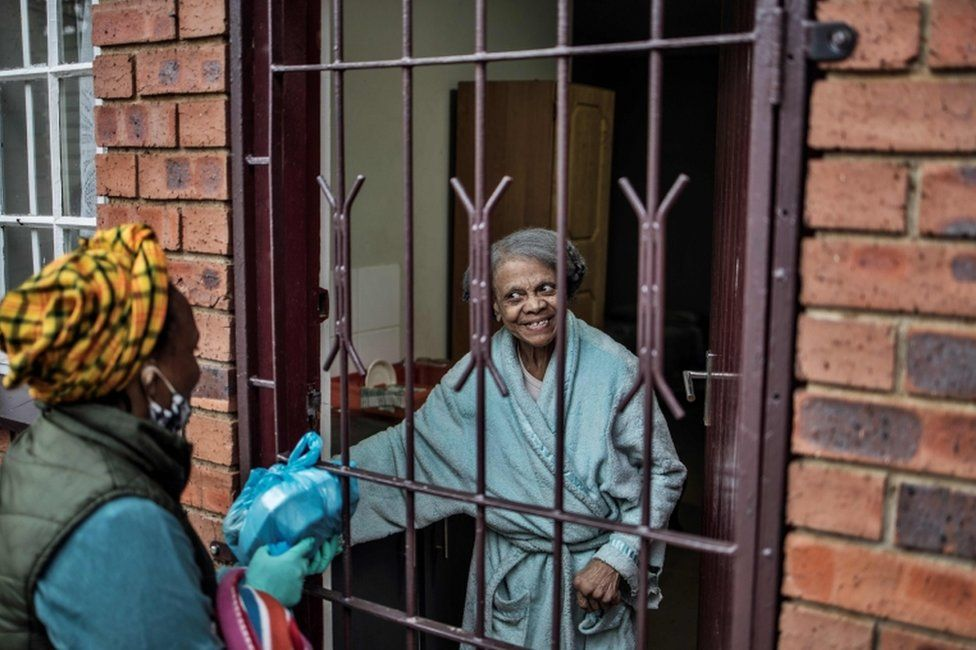 Hope for Vrededorp grassroots organisation delivers a food parcel residents of a care home on 27 April.