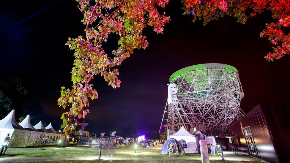 Lovell Telescope lit for Bluedot Festival 2018 (c) Christopher Foster