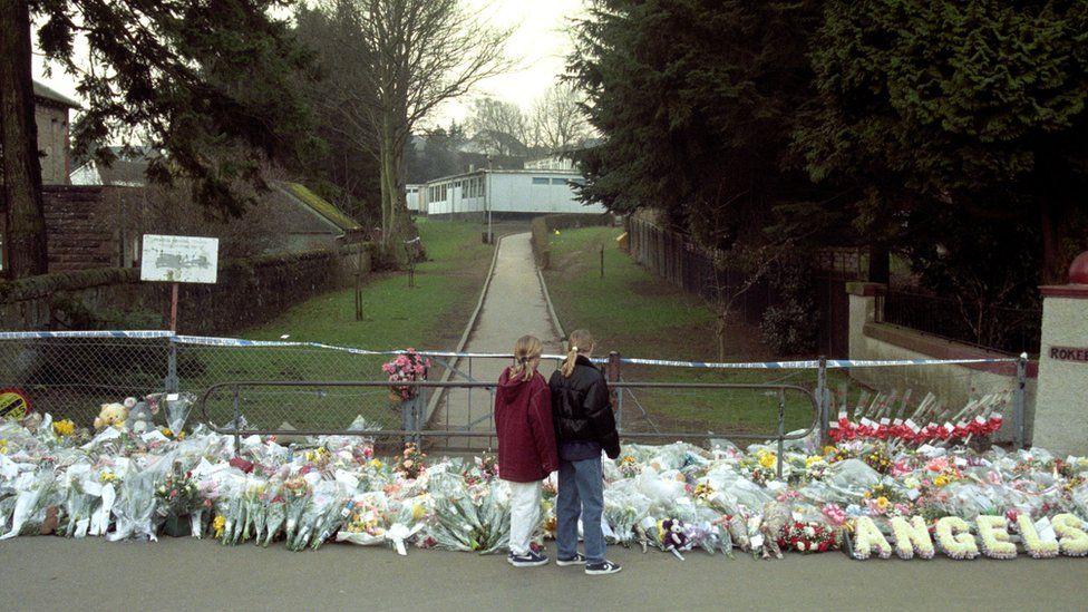 Dunblane memorial
