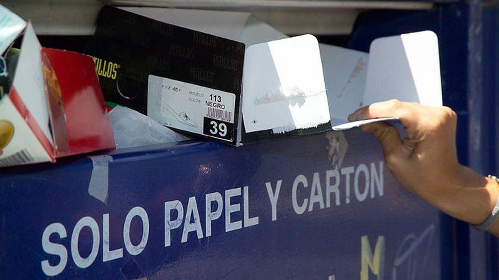 A recycling bin in Madrid