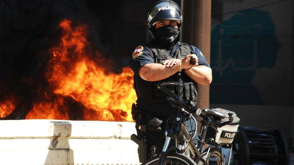 US police officer in Philadelphia after protests