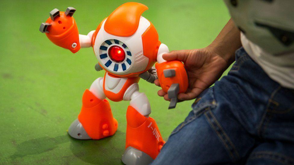 i Que robot