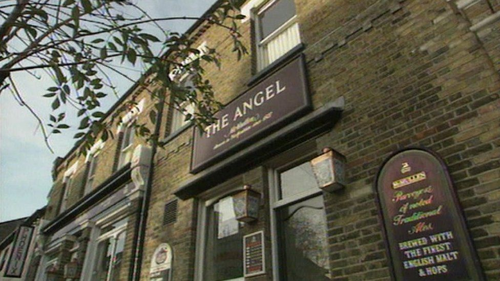 Angel Pub, Waltham Cross