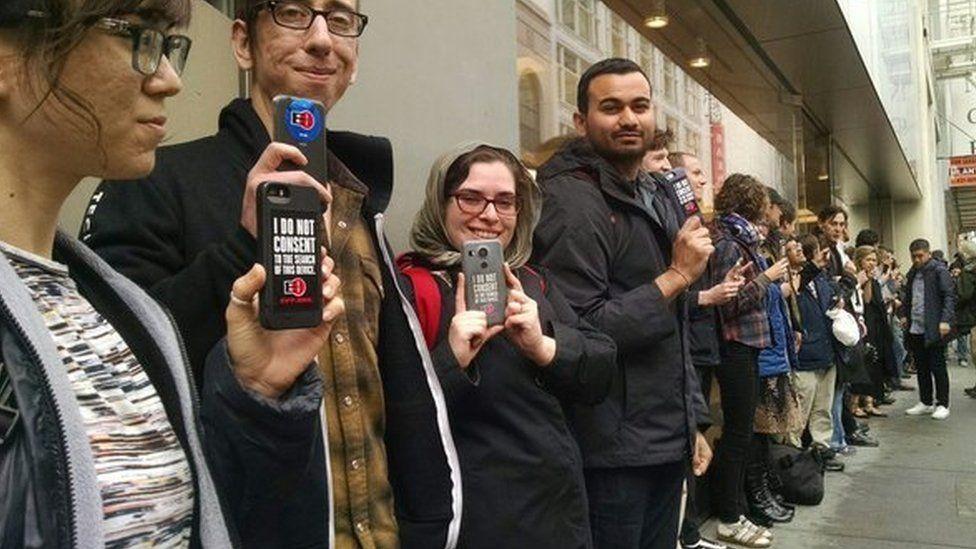 Apple fans outside San Francisco Apple store