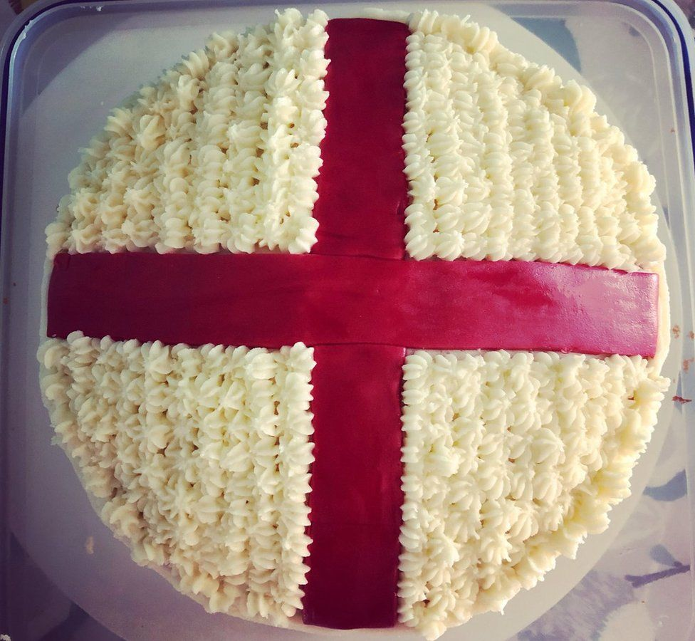 Cake iced with the Cross of St George