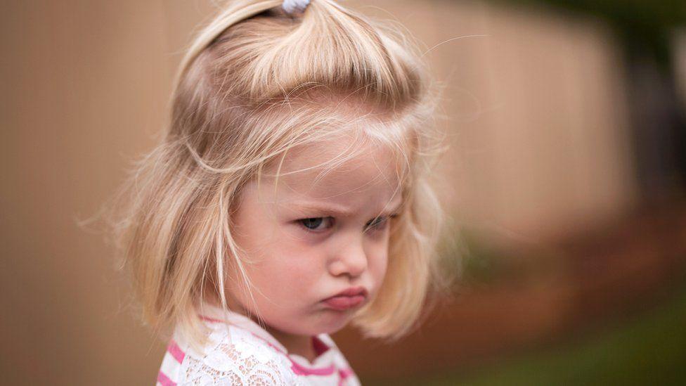 Por qué los niños hacen pataletas a partir de los 2 años (y 8 consejos para lidiar con ellas)