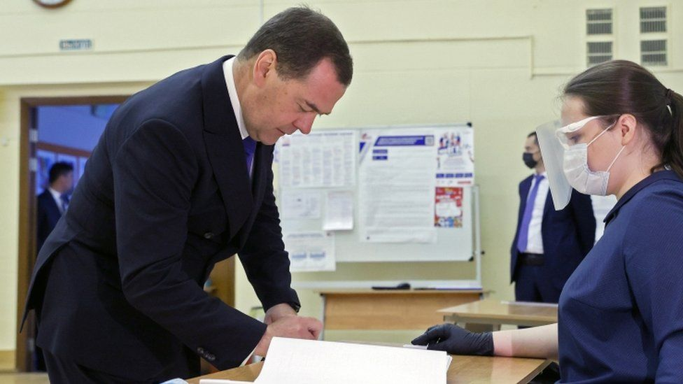 Dmitry Medvedev votes on Russia's constitutional reforms