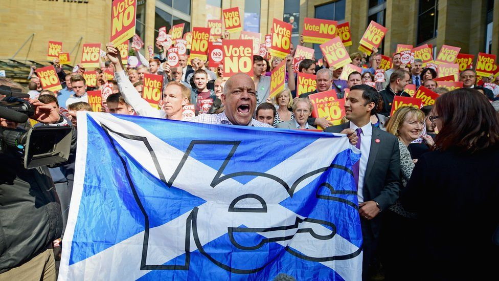 Yes supporters disrupt an event attended by Leader of the Labour Party Ed Miliband
