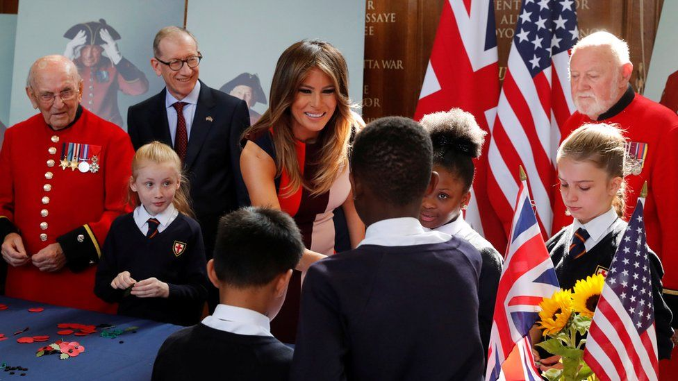 Melania meets Chelsea pensioners and schoolchildren July 2018
