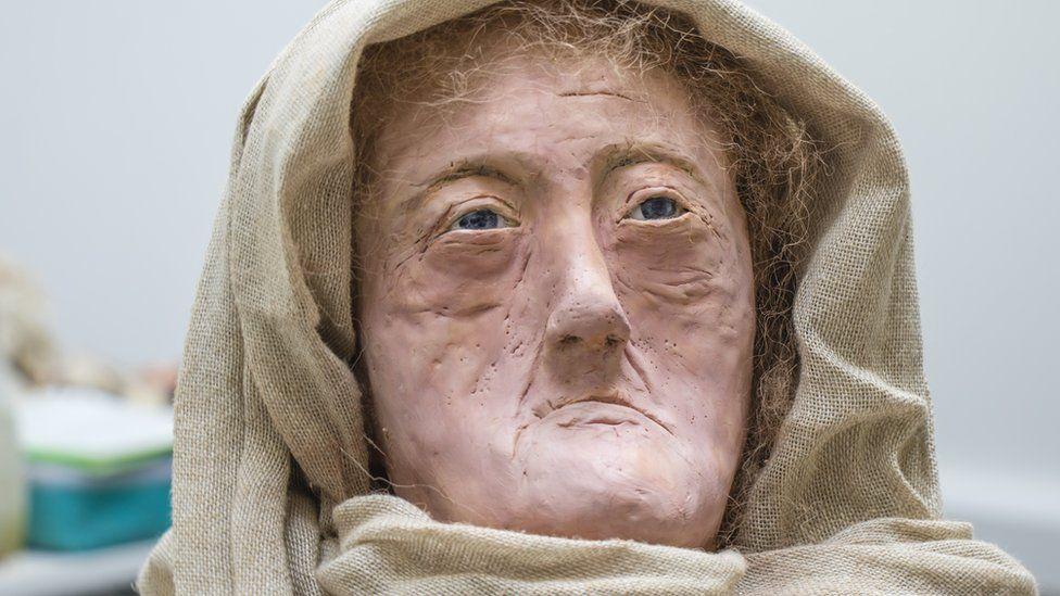 Hilda Face