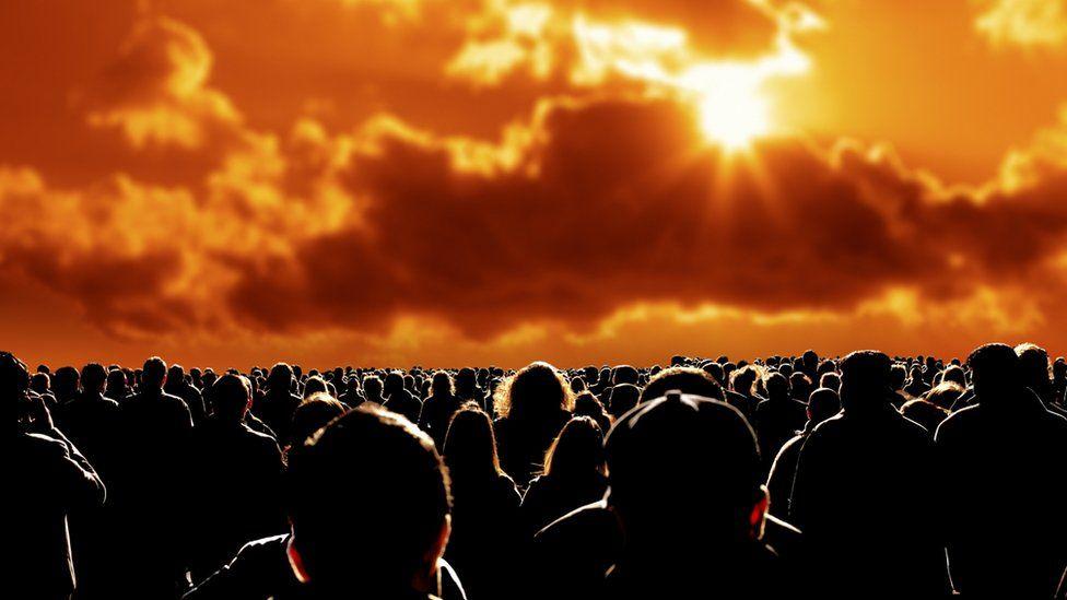 """Los """"preppers"""" que dedican su tiempo y energía a prepararse para el fin del mundo"""