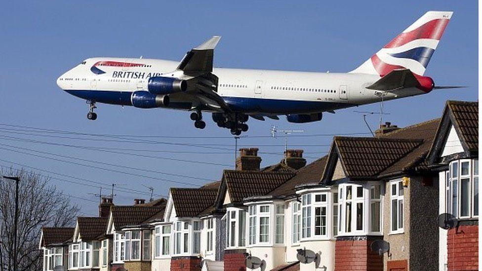 A BA plane coming into land at Heathrow