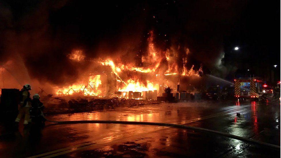 Kaohsiung: Fire at Taiwan tower block kills at least 46 thumbnail