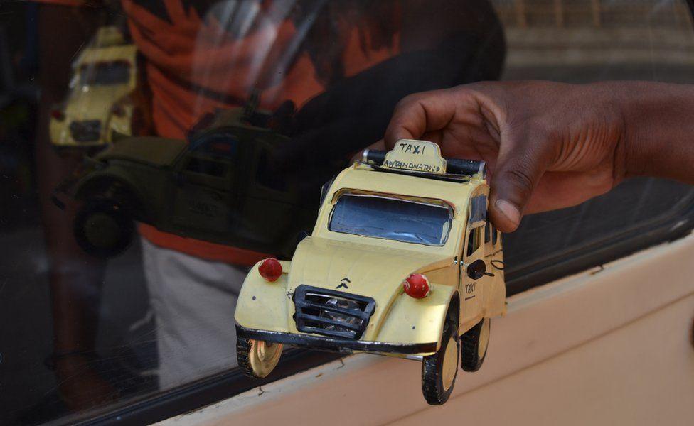 Souvenir car
