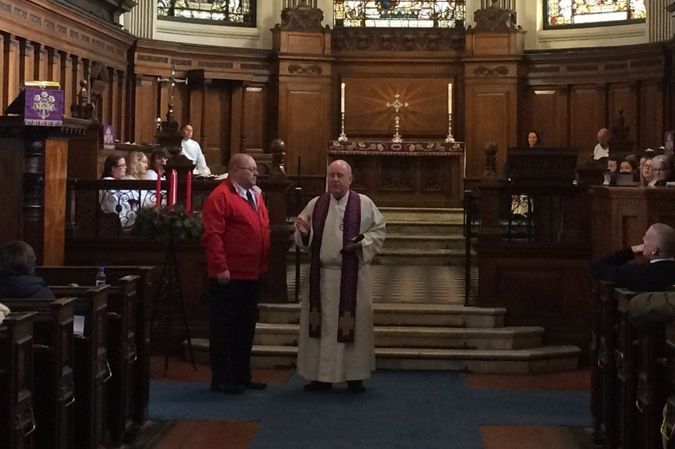 Neil Tattersall at the service
