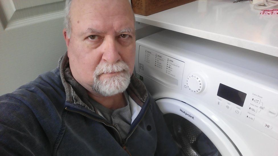 Whirlpool: Owners rush to register fire-risk washing machines