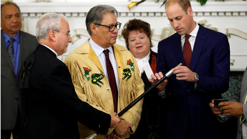 Prince William adds a ring to the Black Rod ceremonial staff