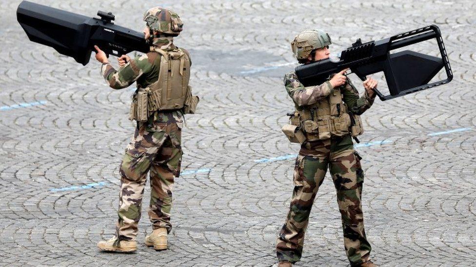 Anti-drone guns on show at Sunday's Bastille Day celebrations