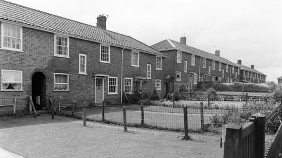 Mousehold Avenue in 1987