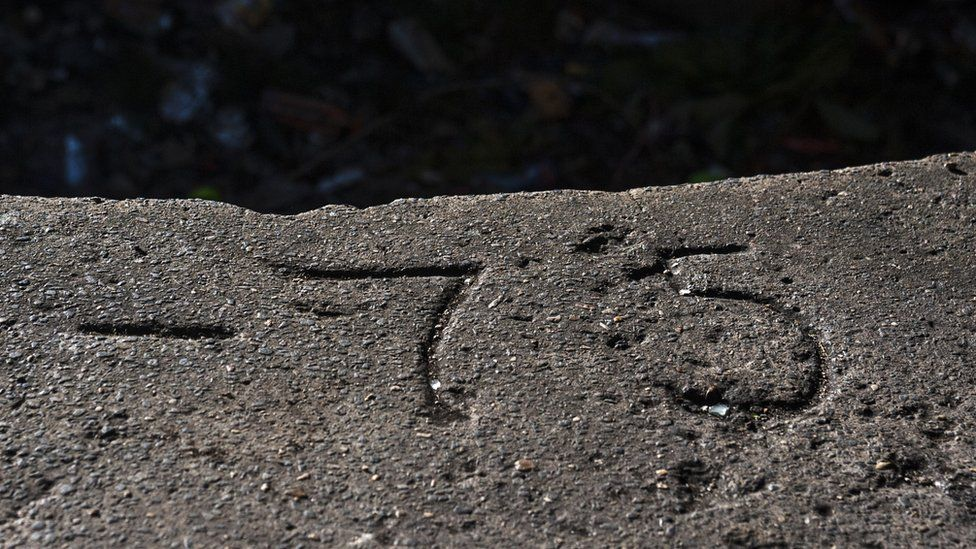 Markings around one of the gun emplacements