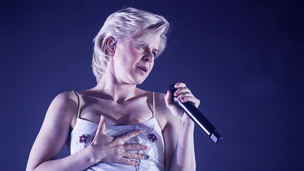 Robyn performing