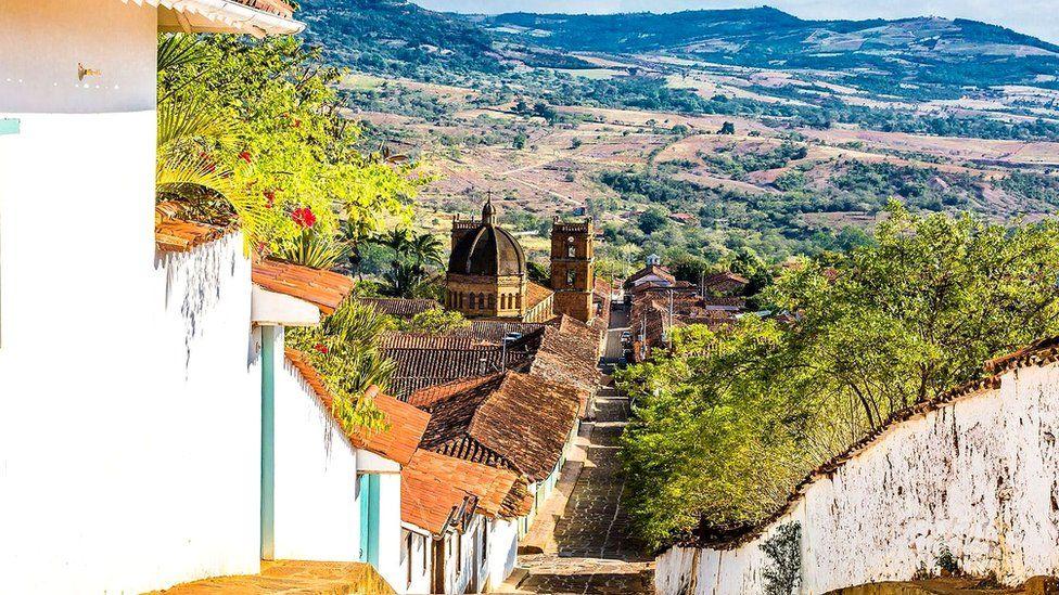 Баричару называют одним из красивейших городов Колумбии. Раз в году он пустеет: все его жители уходят на охоту за муравьями