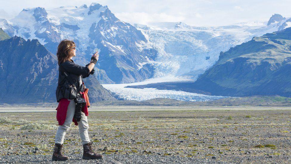 Icelanders tire of disrespectful Instagram influencers
