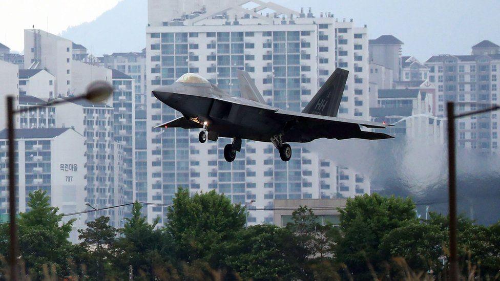 A US Air Force F-22 Raptor lands at Gwangju Air Base in the southwestern city of Gwangju on 16 May 2018