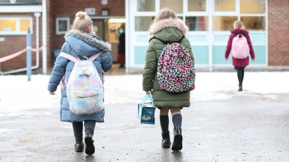 Pupils arrive at primary school in Cheshire