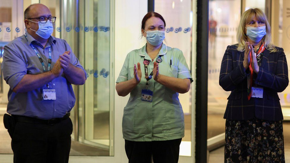 NHS workers clap at Chelsea and Westminster Hospital