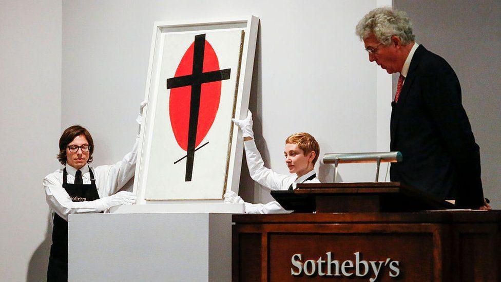 Картини Малевича продавали на аукціоні Sotheby's за десятки мільйонів доларів